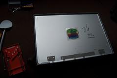 iColours install on 17'' MacBook Pro (P8TRO) Tags: classic apple logo macintosh pro 17 macbook icolours