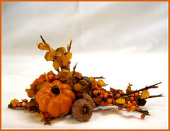 Pumpkins and Acorns (Golden Unicorn Miniatures) Tags: flowers autumn plants plant fall floral miniatures miniature pumpkins mini florals dollhouse dollshouse onesixthscale onetwelfthscale goldenunicornminis goldenunicornminiatures oneninthscale