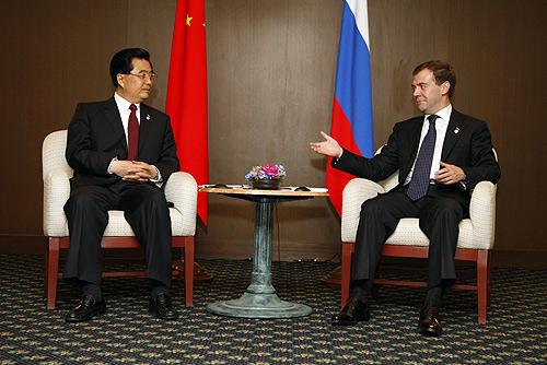 Hu Jintao and Medvedev