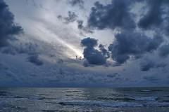 066 (Bargais) Tags: latvia latvija jūra mākoņi jūrkalne