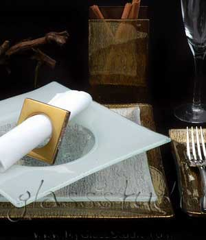 Glass dinner set restaurant table setting with blue glass show charger plate and gold glass napkin ring as glass napkin holder