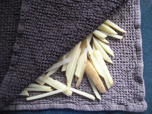 shoestring oven fries