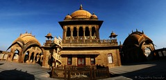 Vijay Vilas Palace (soumitra911) Tags: old blue vijay sky panorama india building beach stone de royal mahal palace hum gujrat dil kutch sanam mandavi vilas thepca recidence gandhidham mundra chuke soumitra mywinners inamdar soumitra911
