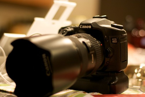 Canon 40D with f/2.8 L 24-70mm Lens and bg-e2n grip