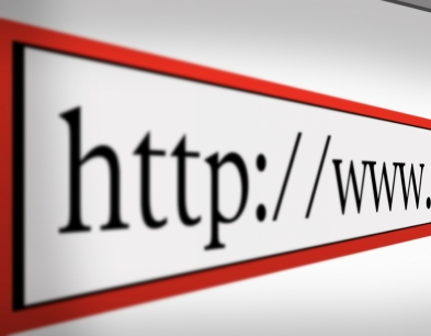 Compra tu dominio .es en RemiseroStudio.com