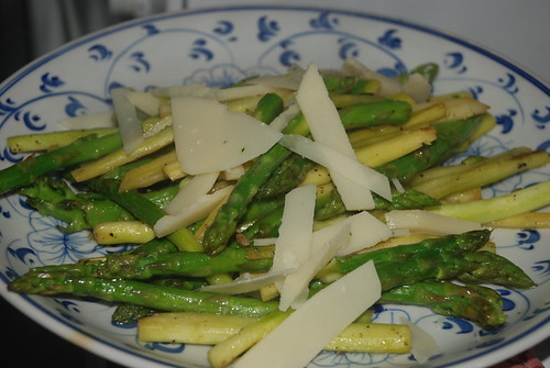 Stir fried asparagus with cheese