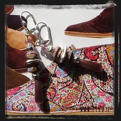 orecchini viola - purple earrings LAVIOM (orecchini) Tags: italy silver beads wire italia handmade oneofakind crafts jewelry bijoux creazioni pietre earrings jewels charms 1129 2009 brincos perle handcraft madeinitaly pendientes gioielli ohrringe argento unico aretes perline bouclesdoreilles ciondoli artigianato orecchini orecchino pietredure pendenti fattoamano gioielleria bigiotteria oorringen orecchiniwordpresscom www1129it 1129design www1129designcom