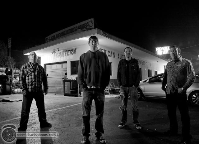 Tractormen at the Royal Dive Group Shots 21310 © Michael Klayman-001