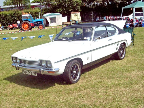 1969 Ford Capri 3000 GT automatic (since mid-year 1969 for Europe ...