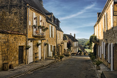 Domme, France (sminky_pinky100 (In and Out)) Tags: street travel france tourism beautiful french europe pretty character scenic charm domme omot