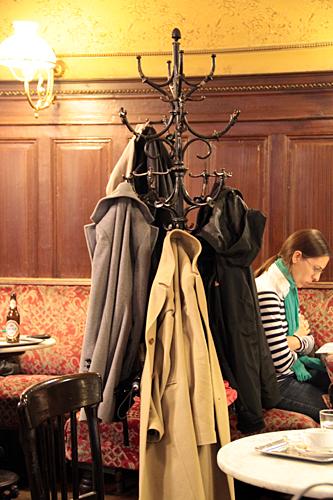 coat-hanger-vienna