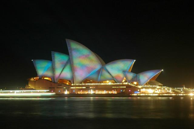 悉尼光影艺术节 - 艾小柯 - 流浪者的乡愁