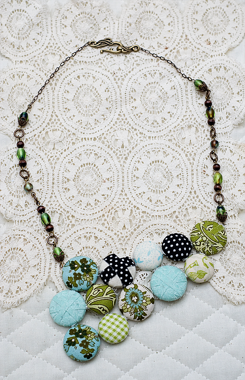 fabric button necklace finished