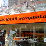 Cut-HAAR-strophal thumbnail