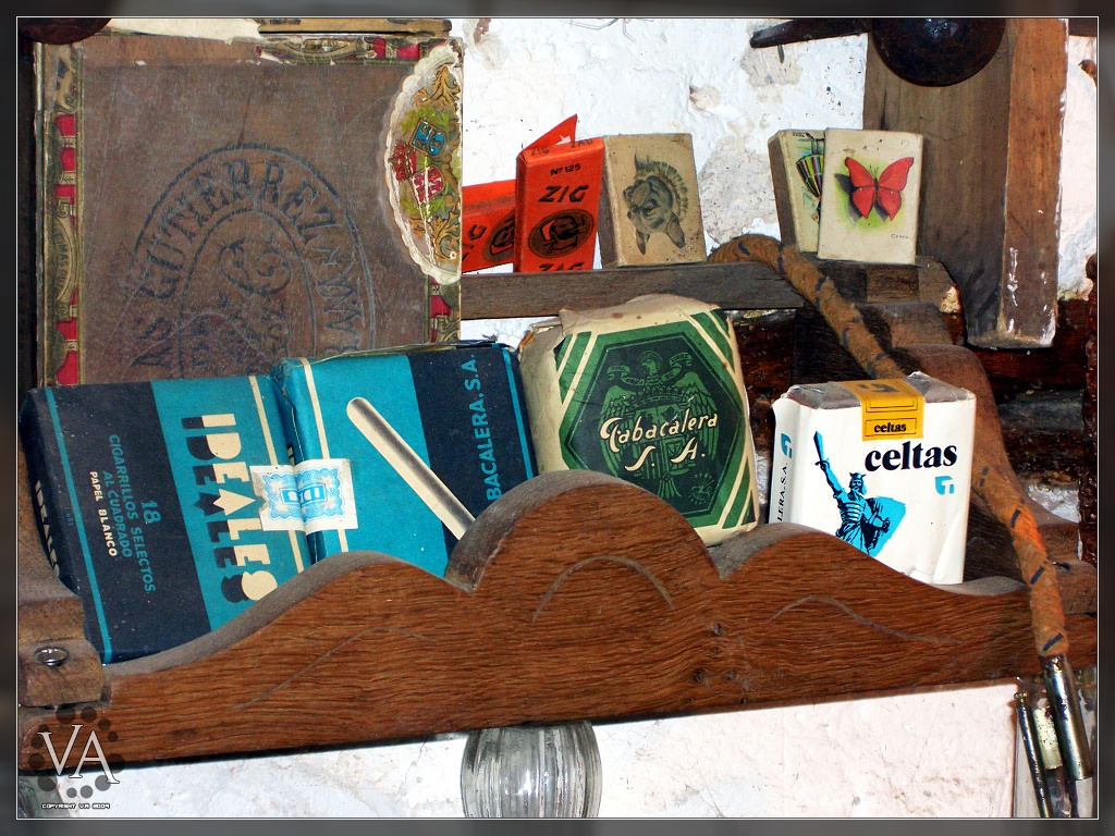 The World S Best Photos Of Encendedor And Tabaco Flickr Hive Mind # Muebles Para Cigarros