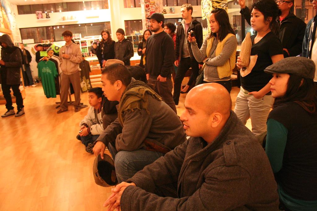 """Crowd loving """"Baliktad"""""""