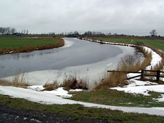 View from a Bridge (Davydutchy) Tags: winter holland ice netherlands river january friesland 2010 iis rivier frysln