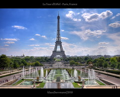 La Tour d'Eiffel - Paris, France (HDR) (farbspiel) Tags: travel vacation holiday paris france tourism sunshine clouds photoshop photography nikon cloudy eiffeltower wolken wideangle bluesky journey toureiffel handheld nikkor 18200 dri blauerhimmel hdr highdynamicrange hdri sonnenschein wolkig niceweather postprocessing tourdeiffel dynamicrangeincrease 18200mm d90 schneswetter photomatix tonemapped tonemapping nikon18200vr nikond90 detailenhancer klausherrmann nikonafsdxnikkor18200mm13556gedvr
