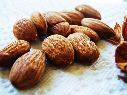 how to get skin off almonds