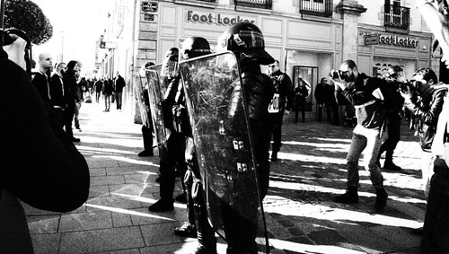 Manifestation contre la repression policière @ Rennes Février 2017 - Bomber