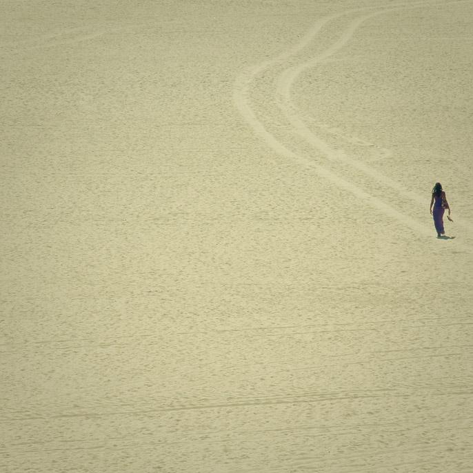 On the Sand - Path Follower