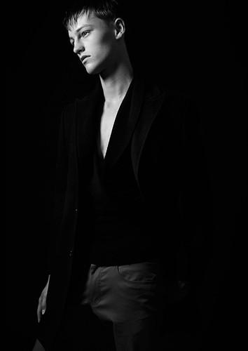 Oliver Welton019_Ph William Lords(Fashion)