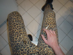 DSC01490 (skintightj2009) Tags: jeans leopard mustang tight skintight stretchjeans
