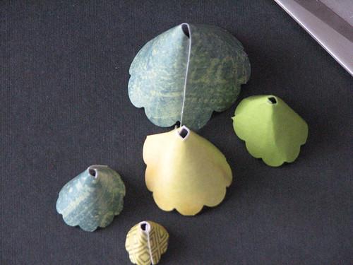 Scallop Tree Ornament 008