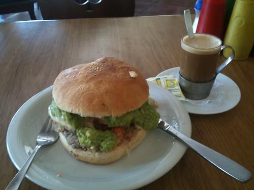 Elkika Sandwich