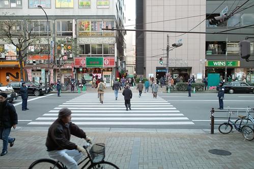 JR元町駅西口改札南側