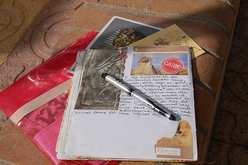 Loose Travel Journal pages (Photo by iHanna - Hanna Andersson)