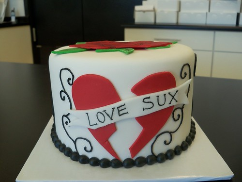 love SUX divorce cake