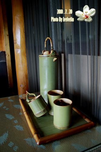 南投埔里素食|桐詩桐畫養生蔬食|牛耳石雕藝術渡假村~油桐花田園相伴