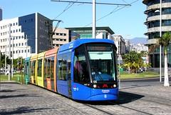 Tranvia, Santa Cruz de Tenerife: Car 05 outbound crossing Av Tres de Mayo roundabout (Mega Anorak) Tags: santacruz spain tram tenerife alstom trolleycar tramcar citadis