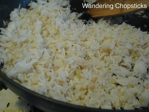 Com Chien Toi Trung (Vietnamese Garlic Fried Rice with Eggs) 5