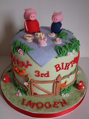 Peppa Pig Picnic (crazycakes.eu ) Tags: birthday cake george chocolate peppapig peppa birthdaycakes partycakes peppacake crazycakeseu