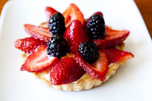 Homemade Strawberry and blackberry tart