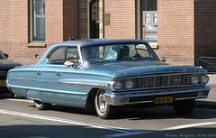 Ford Galaxie 1964 (XBXG) Tags: auto door old usa classic ford hardtop haarlem netherlands car vintage us automobile 4 nederland voiture american 500 paysbas galaxie 1964 ancienne fordgalaxie amricaine