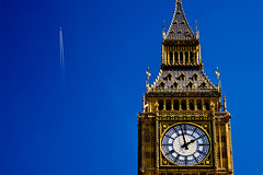 Clock Trail (Mark Ramsay) Tags: blue sky london tower clock westminster plane 350d contrail aircraft efs1855mm bigben clocktower ash whitehall thepalaceofwestminster
