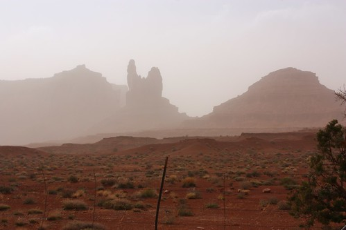 Monument Valley Sandstorm 2