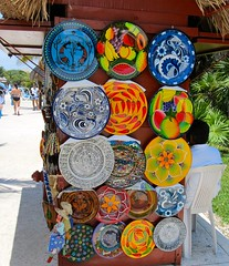 228155_209101462454919_100000652010134_654787_1088280_n (JoeD124) Tags: art colors mexico crafts plates jewlery bowls authentic necklaces