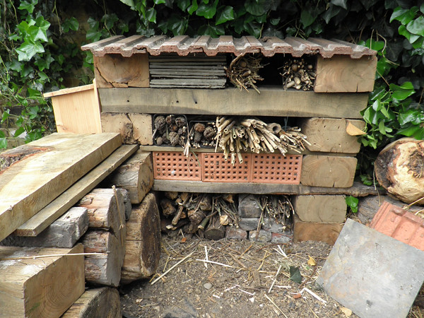 The finished bug hotel_1_lo