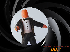 Bond... CARROT Bond. (RR) Tags: food art movie james gun barrel tuxedo bond opening carrots sequence tux 007 nori jamesbond anthropomorphic zanahoria gunbarrel karotte carotte anthropomorph cenoura sa antropomrfico kzl antropomorfico anthropomorphe 007andjilo