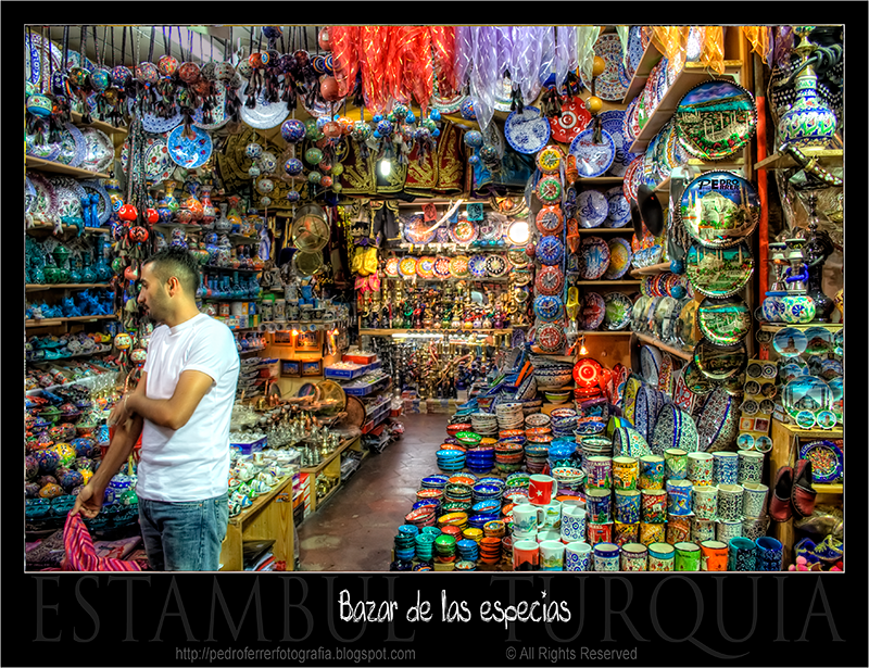 Bazar de las Especias (Mısır Çarşısı)