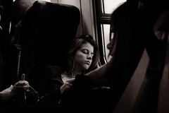 """To die, to sleep, perchance to dream. Ay there's the rub!"" (Love is the key) Tags: light sleeping music sun window girl sepia train ipod sleep dream shakespeare finestra musica asleep sole treno dormire luce ragazza sogno seppia songare"