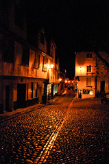 Elm Hill, Norwich (kate&drew) Tags: night december norwich cobbles 2009 elmhill anawesomeshot hccity