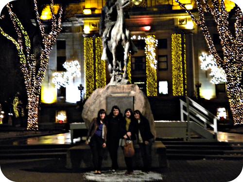 tourist us!