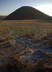 Silbury Hill. (avtost) Tags: lovephotography theaveburytemplecomplex