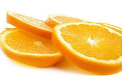 Orange slices (angel00) Tags: lighting red food orange green apple yellow fruit pepper still lemon healthy shiny pentax eating alma flash objects studioshot lime tamron paprika softbox piros zld srga narancs gymlcs tamron1750 vaku citrom pentaxk10d justpentax mikrosat egszsg studiflash