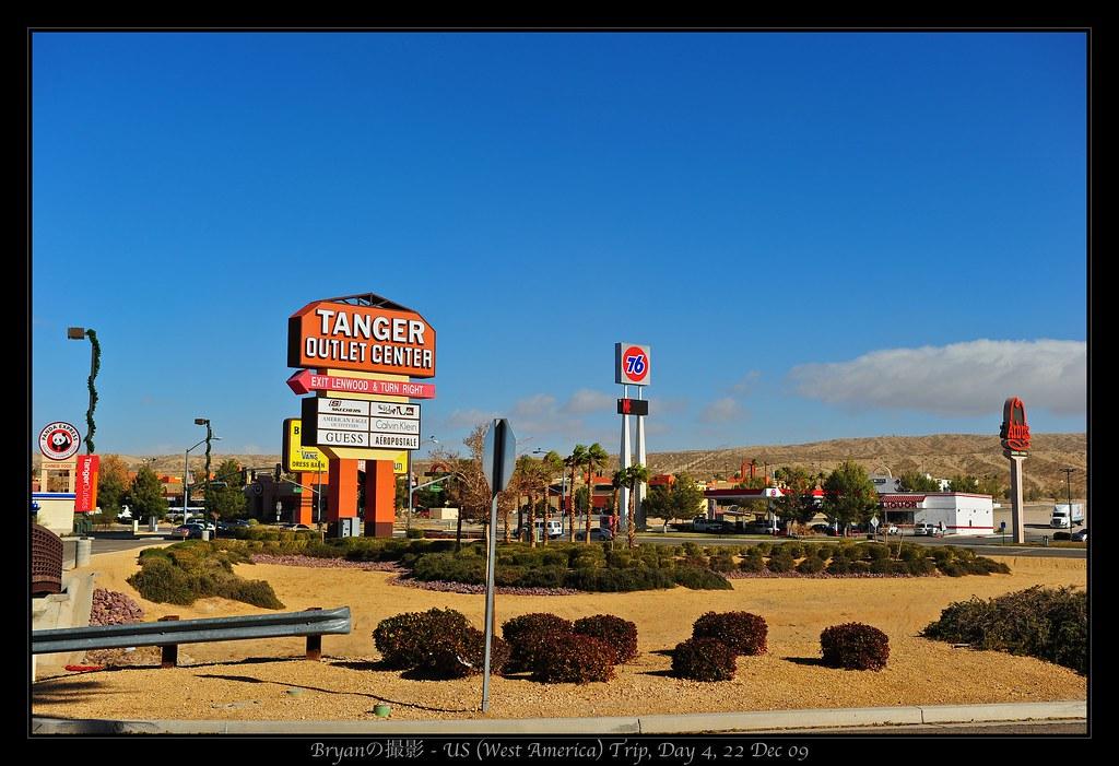 Fresno, USA - Tanger Outlets!